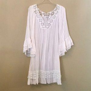 Dresses & Skirts - Lovely Boho Dress